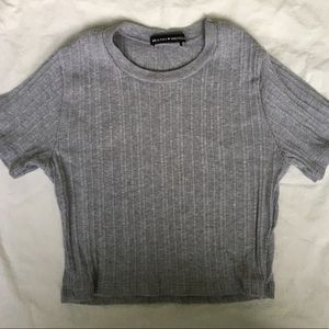 brandy melville crop top grey